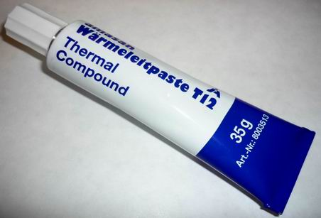 Pate conductrice thermique